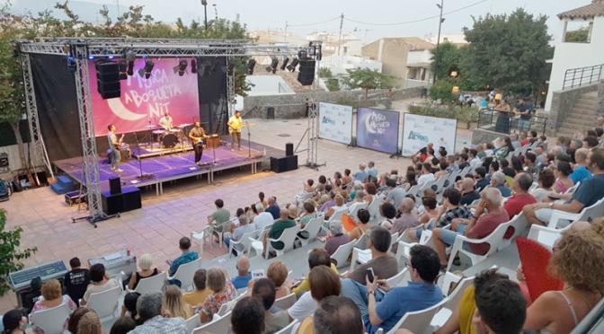 Tardor llena la plaça de l'Aigua en su concierto de ''Música a Boqueta Nit''