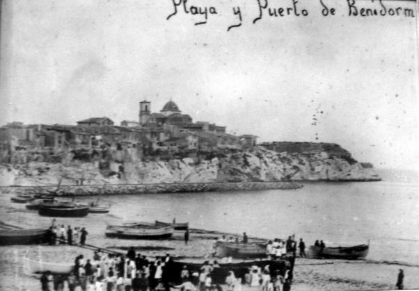Resultado de imagen de fotos antiguas del puerto de benidorm